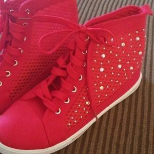 Rockland GLITZY RED HIGH TOPS...WOWSER